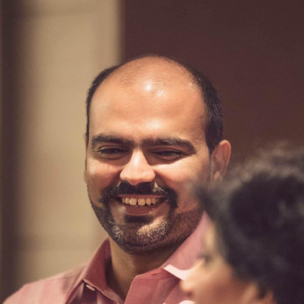 about trader's pit - rohit malik